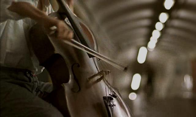 ... y el fantasma del violonchelo
